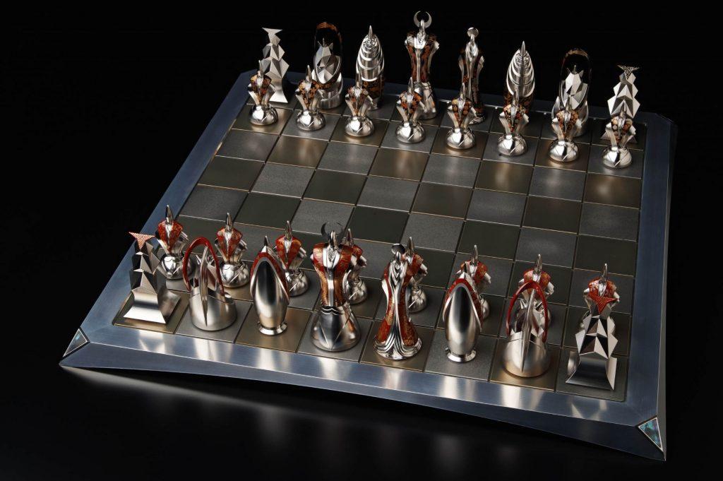 TAKUMI Chess Set